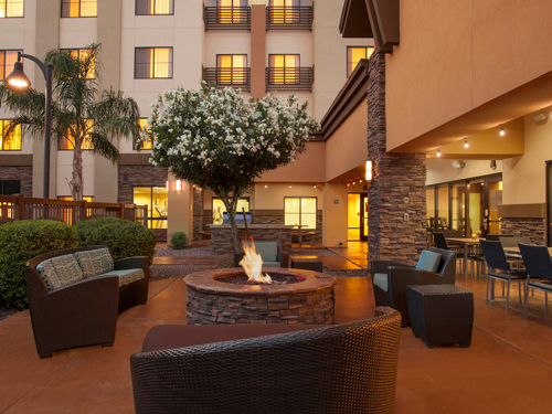 Residence Inn by Marriot common area